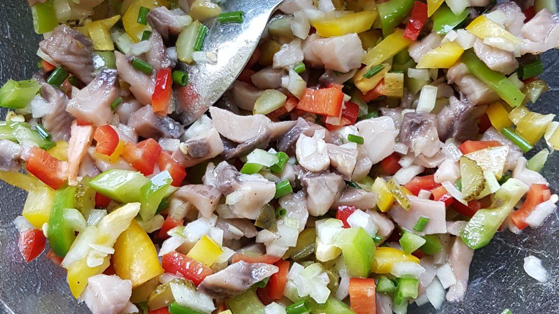 frischer Karpfensalat